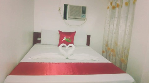 axis pension hotel room single